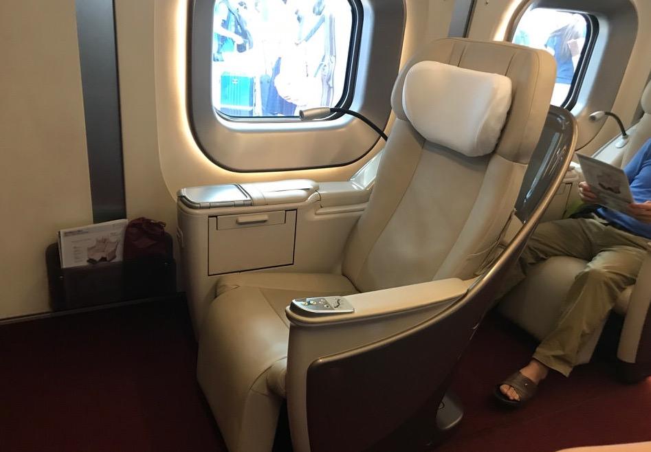 グランクラスは一人用の席もある