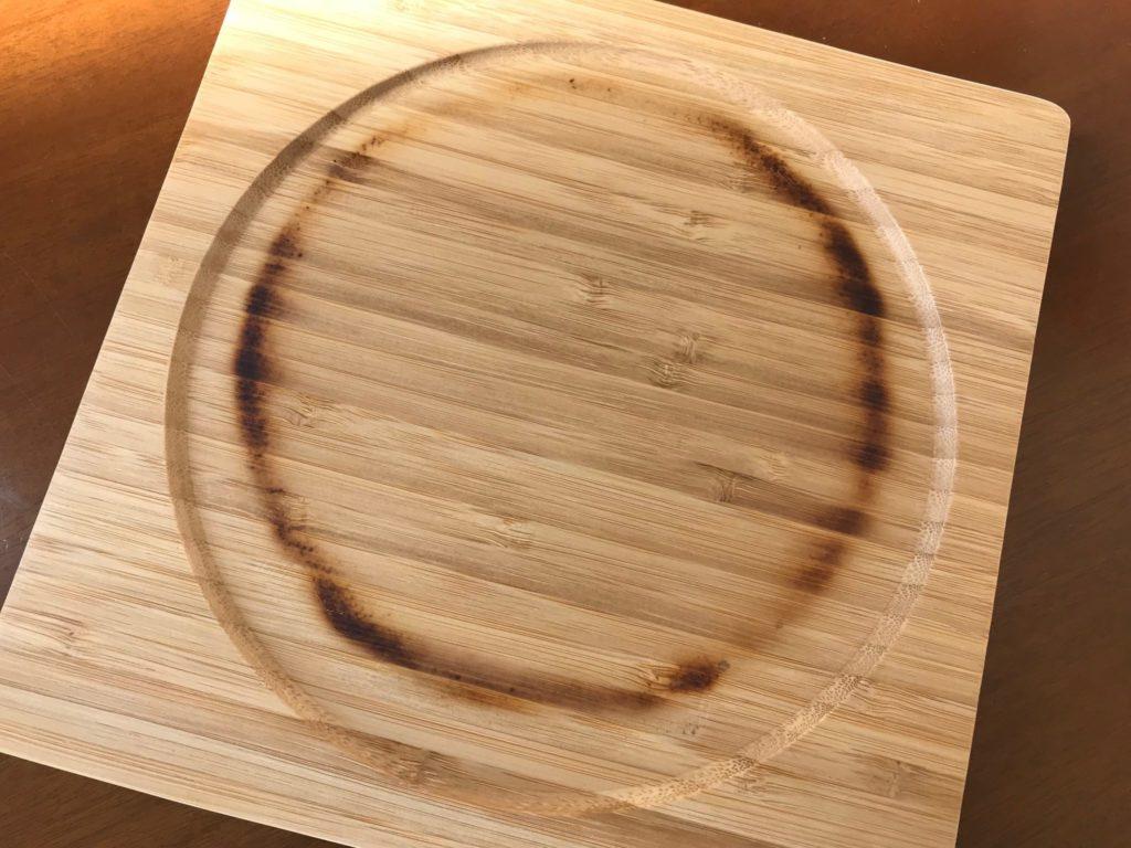 熱々のニトスキを乗せると鍋敷きが焦げます