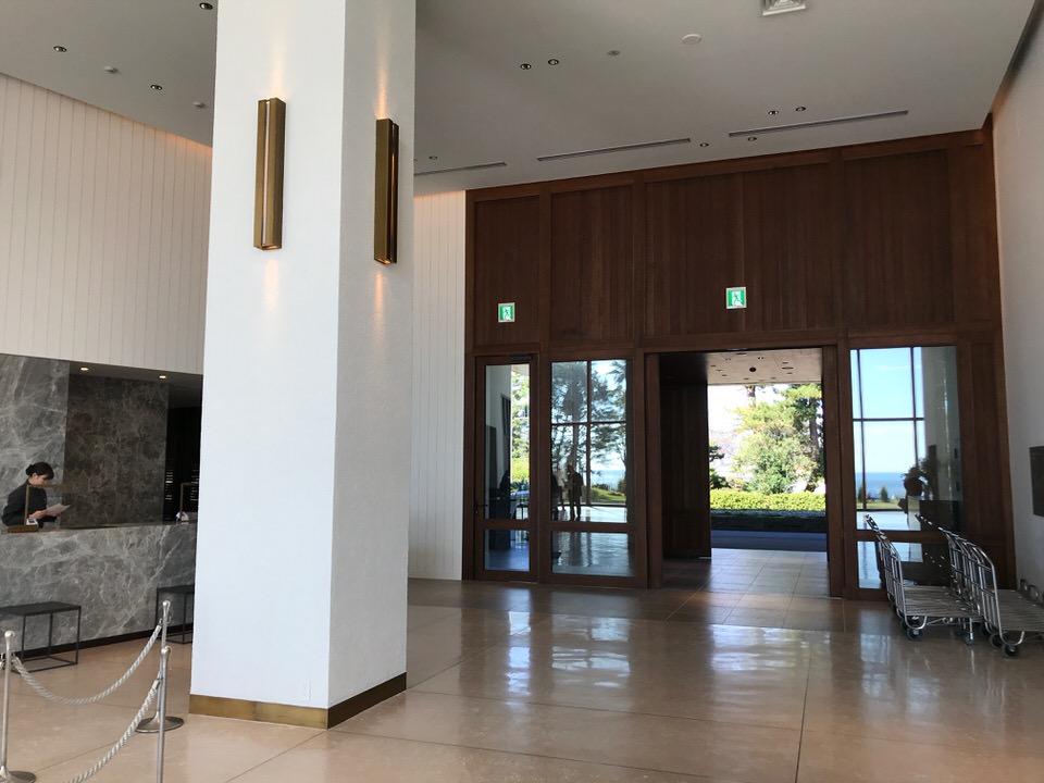 大磯プリンスホテルのフロント
