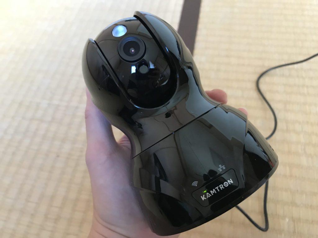 KAMTRON(カムトロン)のWi-Fiネットワークカメラはお出かけ中のペットの見守りに最適