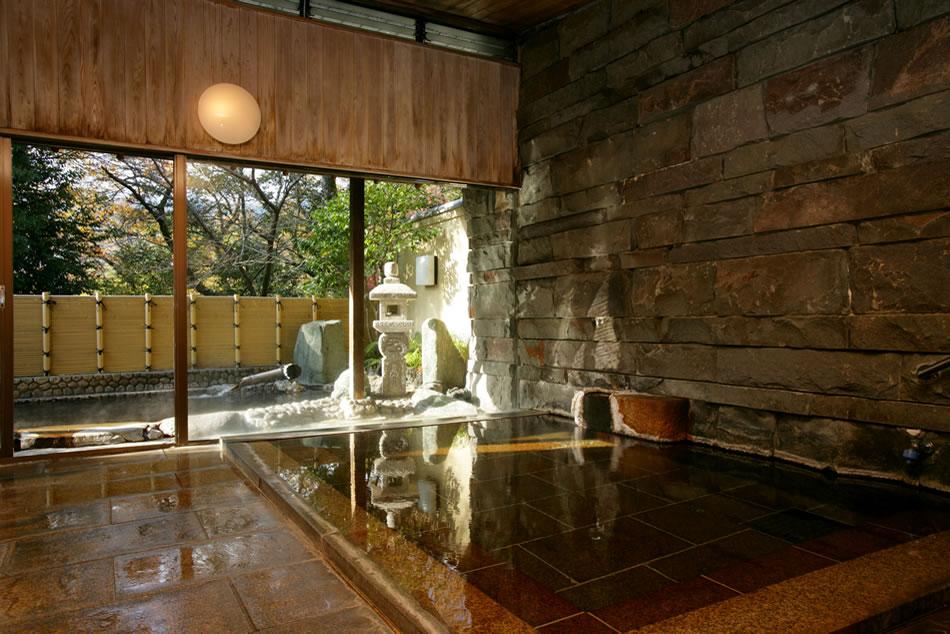 湯河原温泉旅館 阿しか里の大浴場
