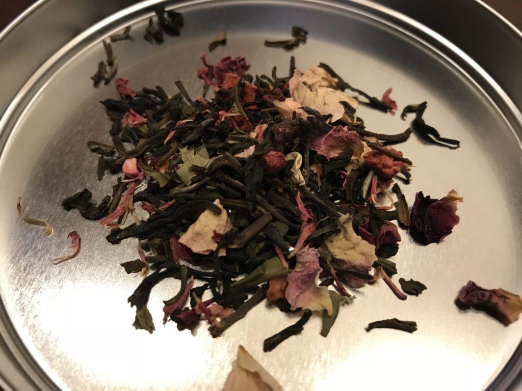 サクラの紅茶葉を出してみたところ